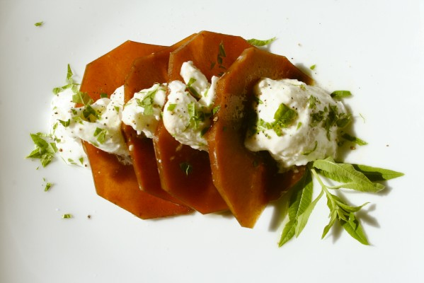 Mozzarella mit Kuerbis e1261783153466 Mozzarella mit mariniertem Kürbis