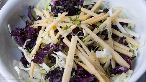 2013 02 14 WIntersalat mit Steckrübe Wintersalat mit Steckrübe, Kohl und Kresse dazu Limettendressing